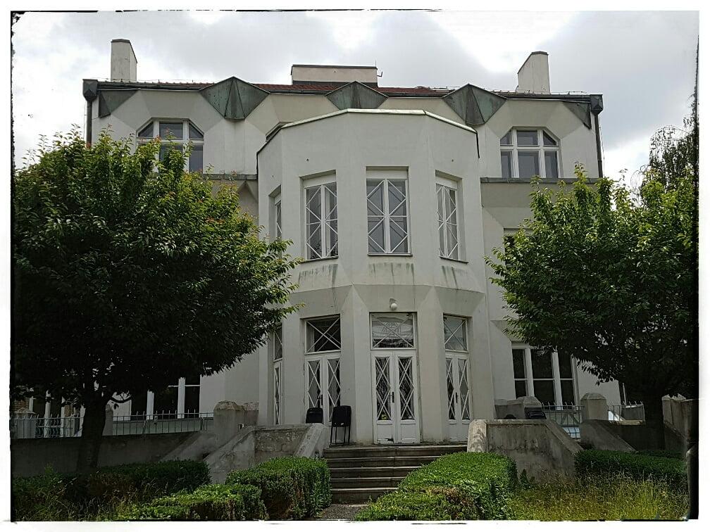 cubist villa1