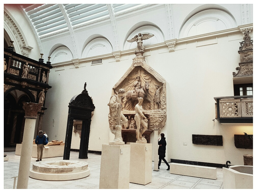 The V&A is free. You walk in off the street...